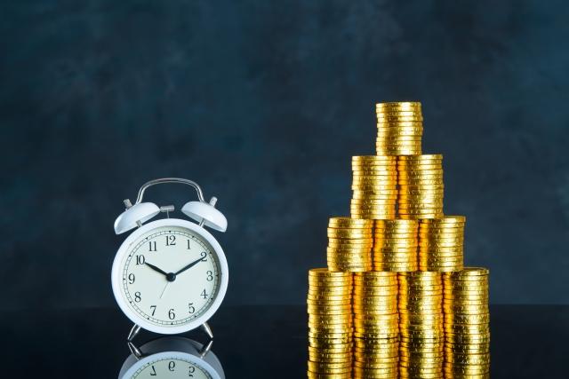 ドルコスト平均法のメリット・デメリットとは?保険に活用できる?